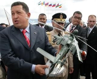 Venezuela deve receber US$4 bi da Rússia para compras militares