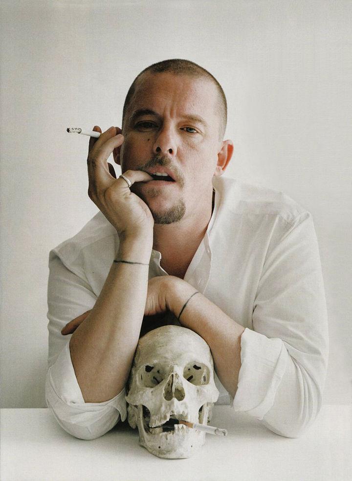 McQueen tenía otro plan para suicidarse